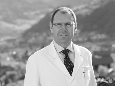 Prim. Univ.-Prof. Dr. Ewald Wöll