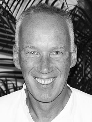 Dr. Peter Holzhauer