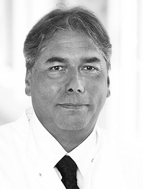 PD Dr. med.  Peter Reichardt