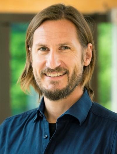 Dr. med. J.-U. Schlump