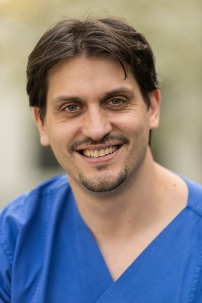 Dr. Dejan Vlajnic